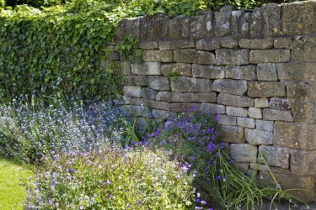 Cotswold garden wall