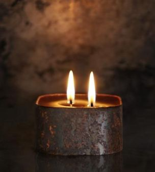 candle two wicks