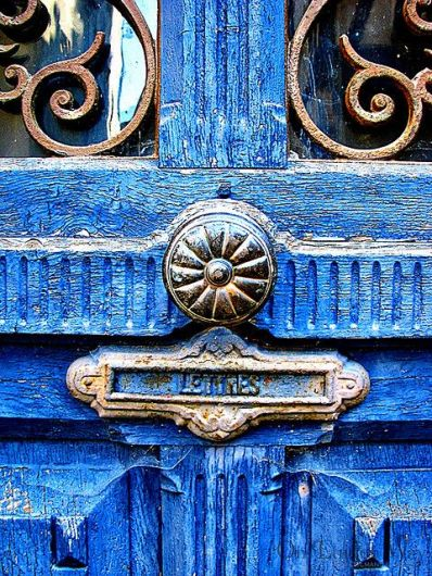 blue mail slot