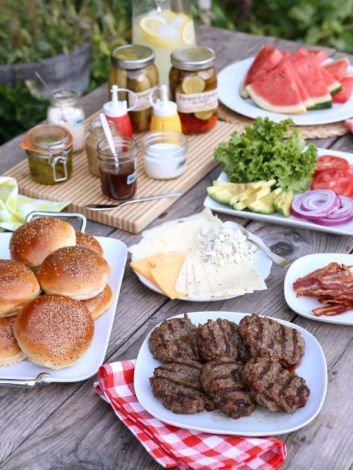 July 4th food burgers