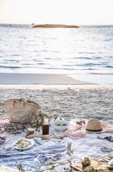 shore picnic