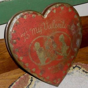 old heart tin