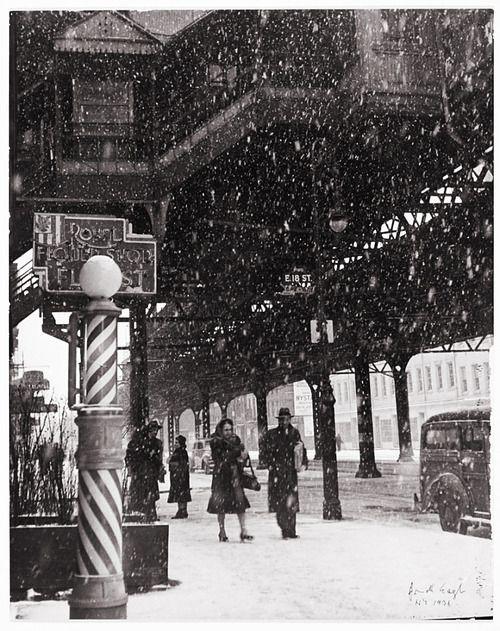 1939 street scene