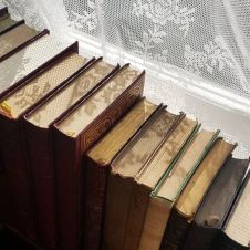 lace books